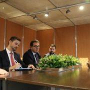 Rafael Felismino, da Embratur; representante da Embaixada do Brasil na Argentina Guilherme Belli; Vinicius Lummertz, ministro do Turismo; Rafael Luisi, MTur, e ministro de Turismo da Índia