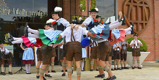 Grupo Folclórico Alpino Germânico de Pomerode (SC). (Foto: Renato Soares - MTur / Divulgação)