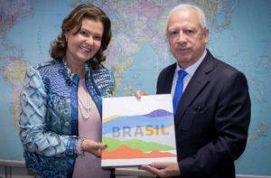 Presidente Teté Bezerra recebe embaixador do Peru
