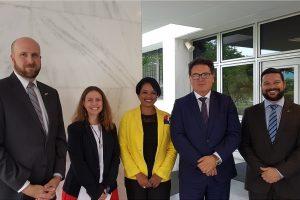Ministro Vinicius Lummertz se reuniu com representantes da Embaixada dos EUA em Brasília