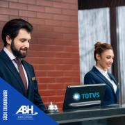 Como a tecnologia otimiza a governança hoteleira?
