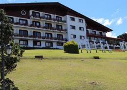 Hotel Renar: 40 anos entrelaçando histórias